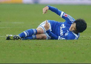 Atsuto Uchida FC Schalke 04 v Hannover 96 Bundesliga 02092014