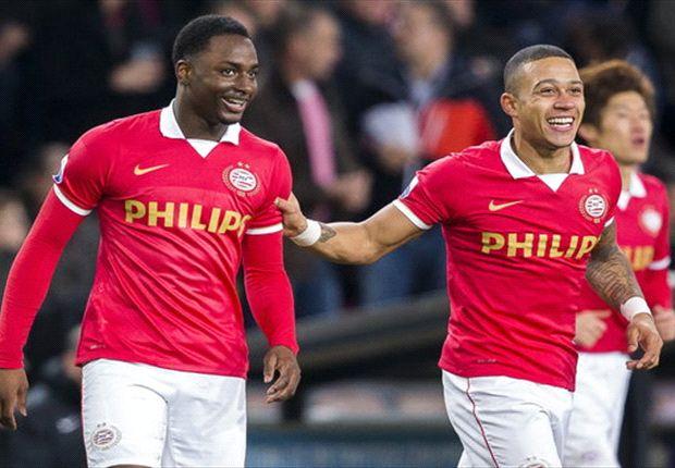 Willems en Depay juichen na een PSV-treffer