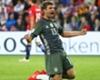 """Höwedes: """"Ik ben niet bang voor Müller"""""""