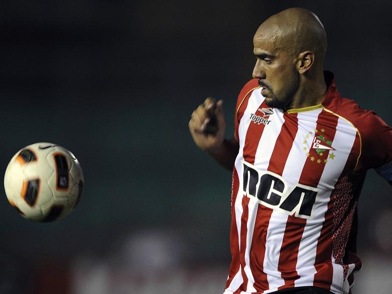 """La scommessa di Veron: """"Se vendiamo il 65% dei box dello stadio, gioco la Libertadores"""""""