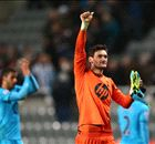 Lloris signs new Spurs contract
