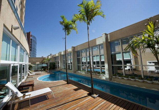 Swimming pool of the Vitoria Hotel Concept, Campinas