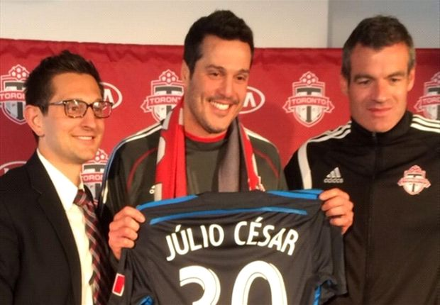 Julio Cesar joins Toronto on loan