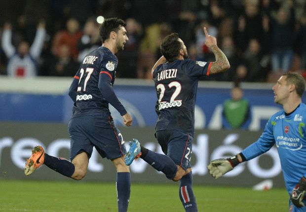 Paris Saint-Germain 3-0 Valenciennes: Lavezzi stars as Blanc's men cruise
