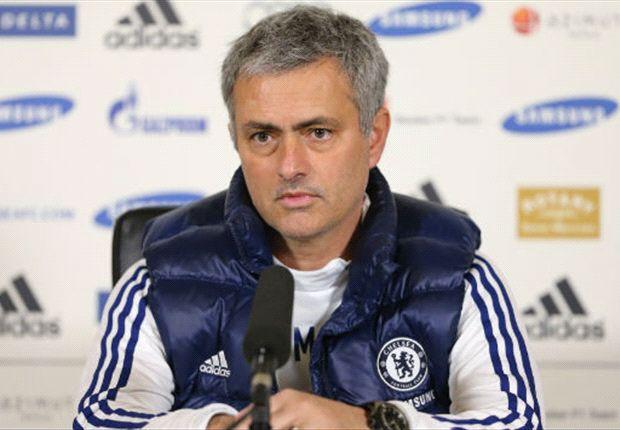 Sieht gute Chancen für Manchester City gegen Barca: Jose Mourinho