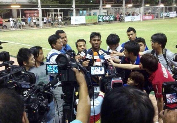 Kickboxing champion signs for Thai club