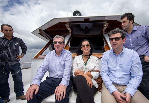 Hodgson looking to build bridges on Manaus visit