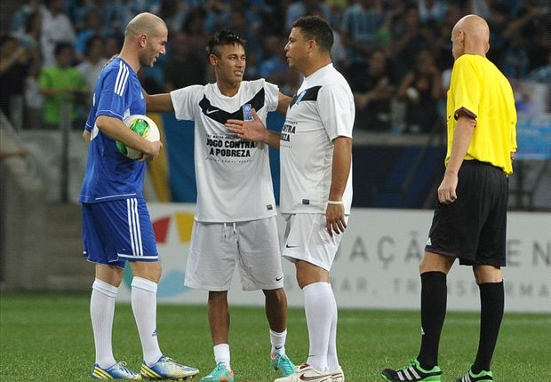 Zidane, Neymar and Ronaldo at the annual match in 2012 in Hamburg, Germany.