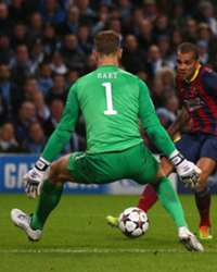Dani Alves: Pellegrini trying to discredit Barcelona win