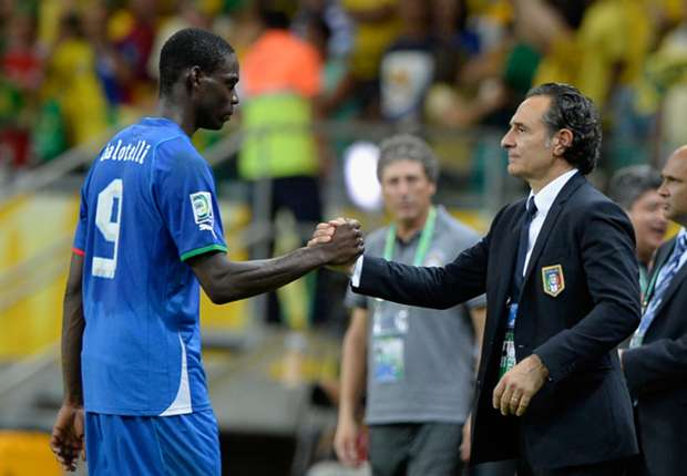 Prandelli: Balotelli needs to stop wasting time
