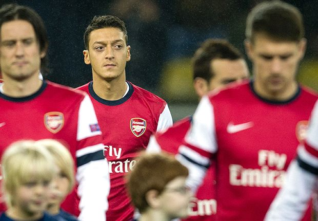 Ozil should be dropped by Arsenal, say Goal readers