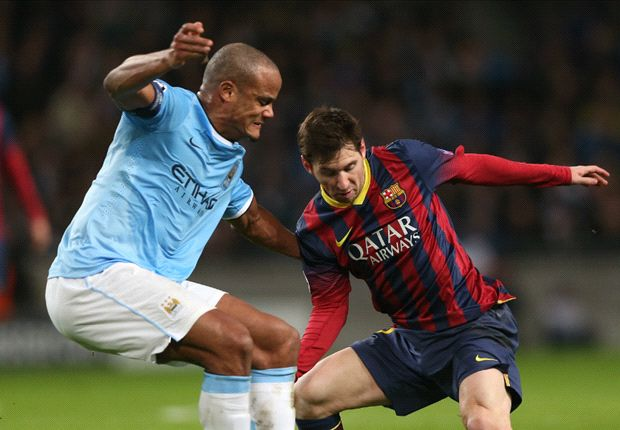 Kompany to play through the pain for Manchester City
