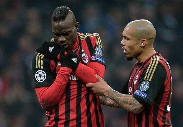 Balotelli suffers shoulder injury blow