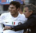 Mourinho tính mời Zanetti về làm trợ lý HLV