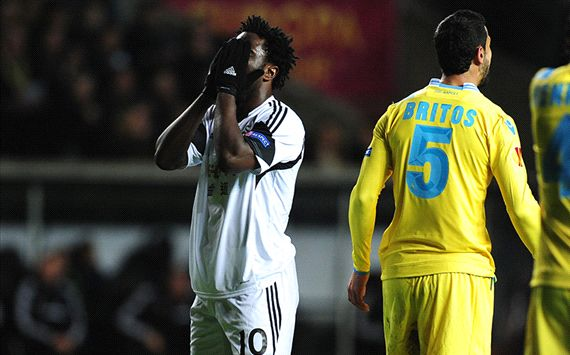 Wilfried Bony Swansea City SSC Napoli Europa League 02202014