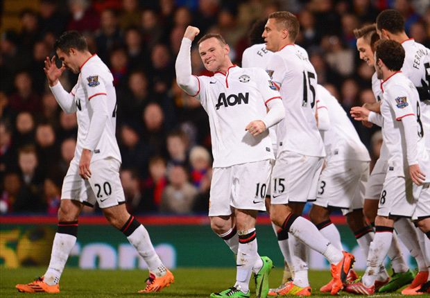 Rooney deserves new bumper contract at Manchester United, says Evra