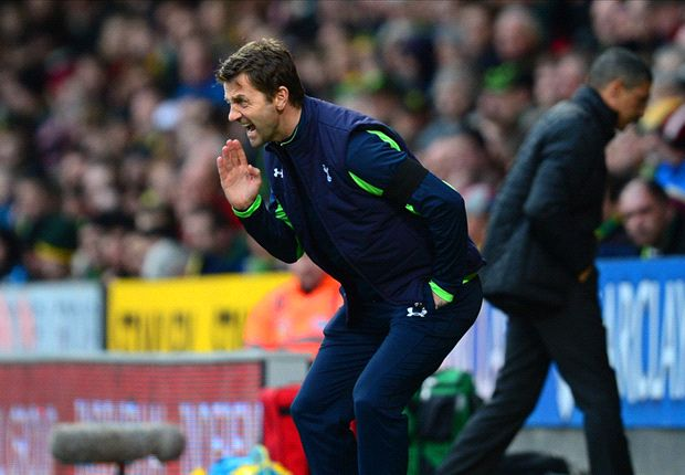 Tottenham boss Sherwood questions Liverpool's title nerve