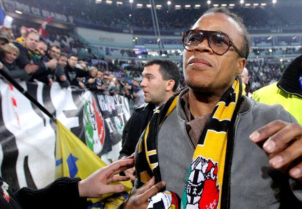 Davids es ídolo en Turin tras varios años en Juventus.