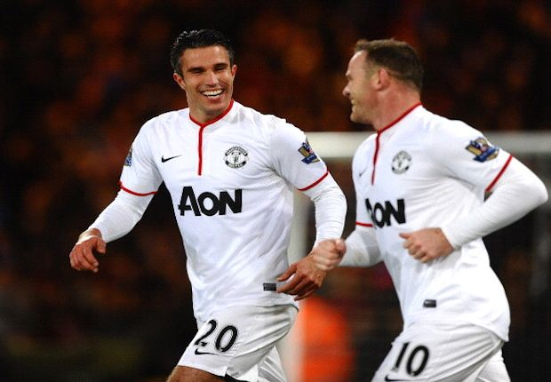 Rooney: No problems if Van Persie is Manchester United captain