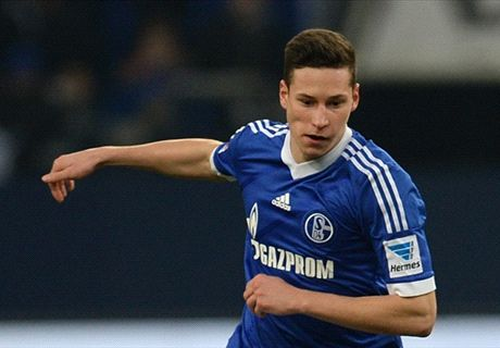 Podolski plays down Draxler swap deal