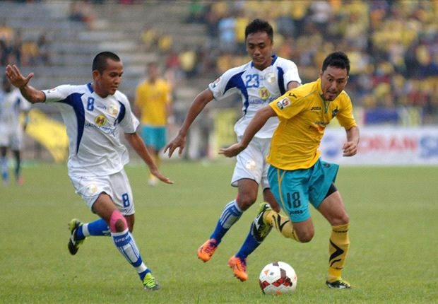 Laporan Pertandingan: Gresik United 2-2 Barito Putera