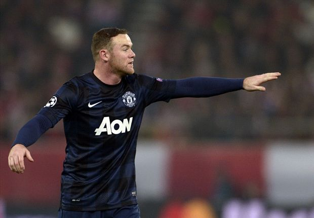 Rooney: Moyes convinced me to sign new deal
