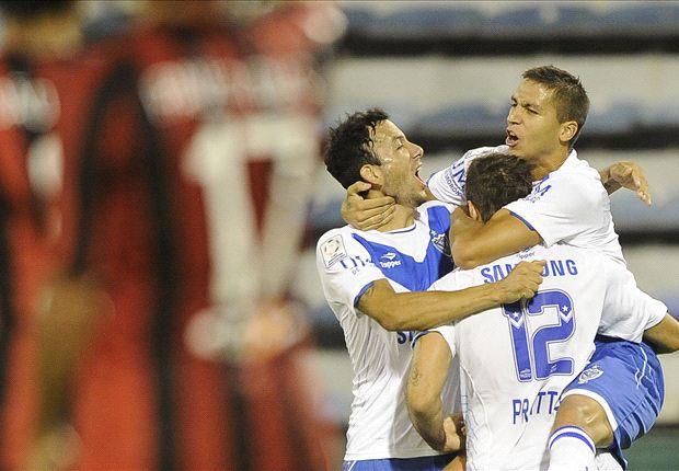 Vélez se abraza a la cima del grupo con otra victoria que ilusiona