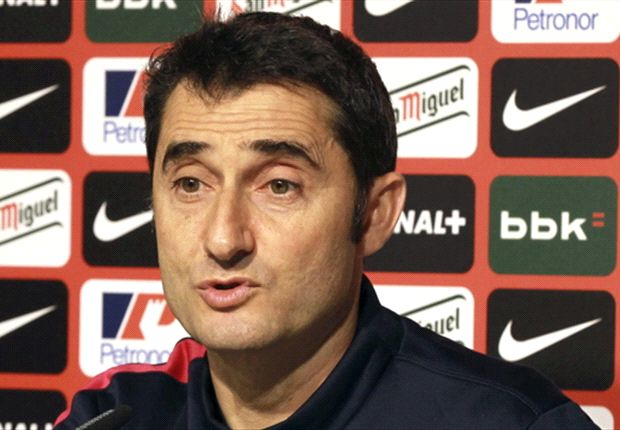 Athletic Bilbao boss Valverde 'flattered' by Barcelona link