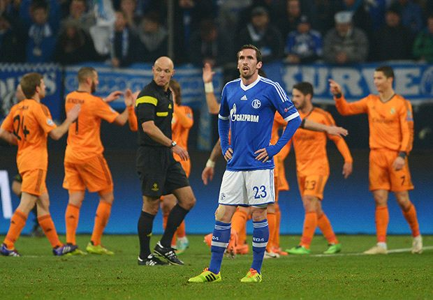 Schalke must fight to avoid Bayern slaughter, says Thon