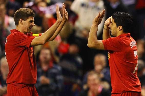 Auf- und Abseits des Rasens ein gutes Team - Liverpools Steven Gerrard und Luis Suarez