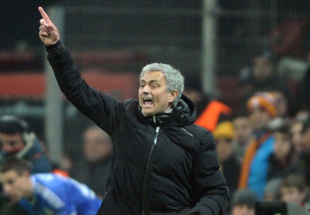 Real Madrid players were too busy queuing in front of the mirror, says Mourinho