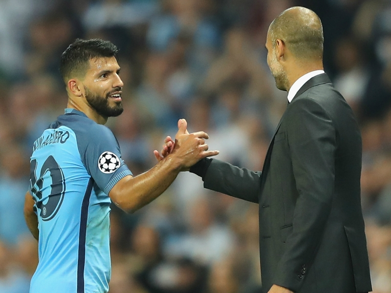 """Aguero : """"Guardiola est très exigeant"""""""