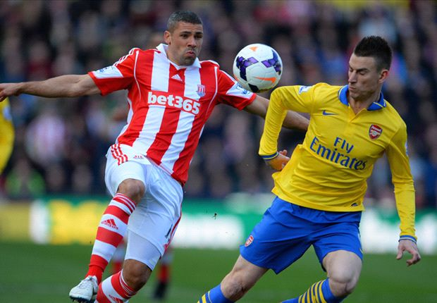 Stoke City 1-0 Arsenal: Walters penalty punishes lacklustre Gunners