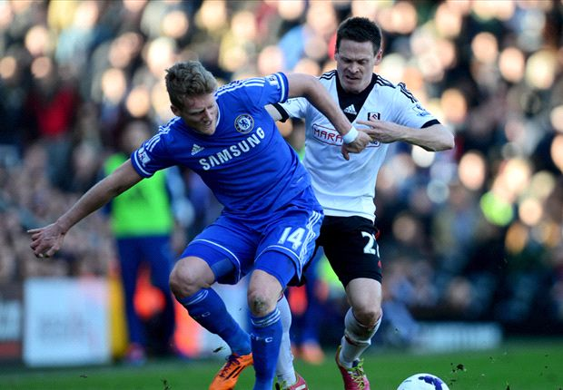 Fulham's Riether departs for Freiburg
