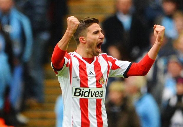 Sunderland boss Poyet hints at possible Borini stay