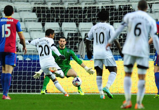 Swansea City 1-1 Crystal Palace: Murray spot on to save point for Pulis
