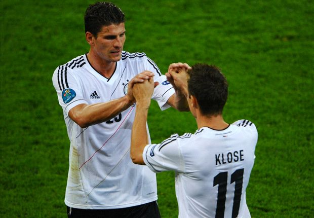Gomez left out of provisional Germany World Cup squad
