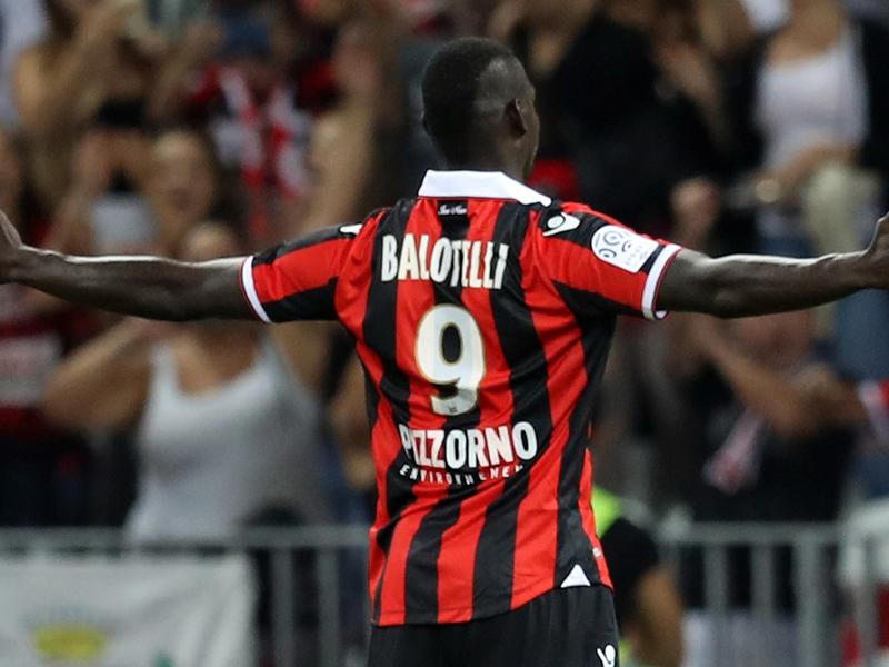 Nizza, il solito Balotelli: super goal nel finale, poi due gialli in sei minuti