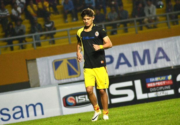 Syamsir Alam dipastikan absen memperkuat Sriwijaya FC saat menghadapi Persija Jakarta
