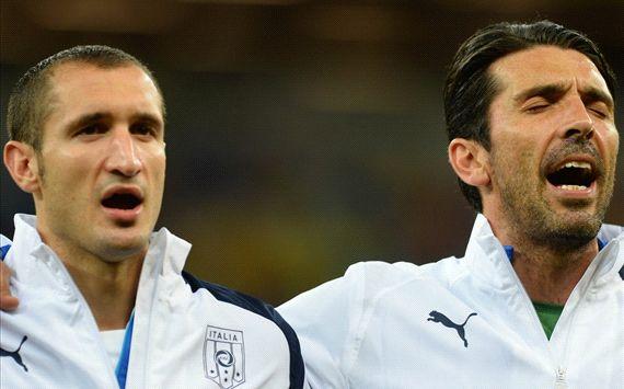 """Chiellini : """"Buffon, le meilleur de tous les temps"""""""