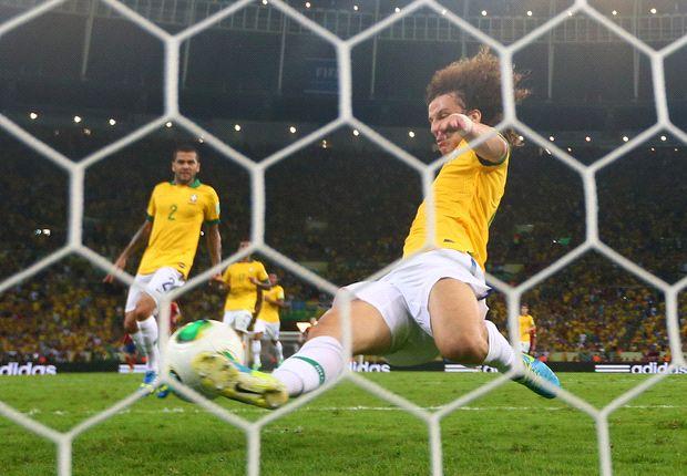David Luiz ganó la Copa Confederaciones con Brasil en 2013.