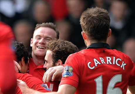 Rooney on target in Man Utd cruise