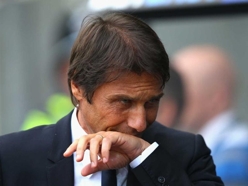 """Chelsea, Conte : """"Wenger ? Rester 20 ans dans un club, c'est fantastique"""""""