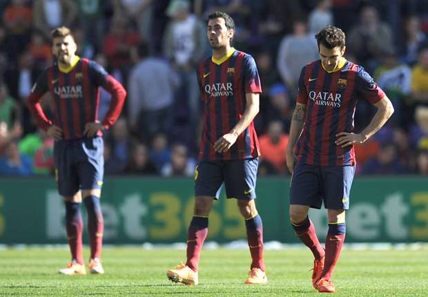 Hängende Köpfe bei den Barca-Akteuren nach Schlusspfiff