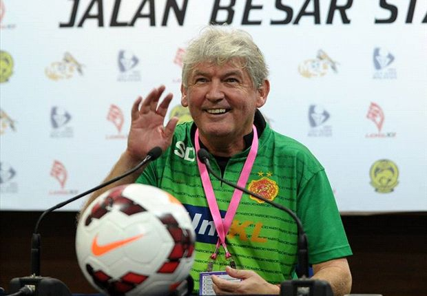 Kelantan sack Steve Darby, eye Henchoz as replacement
