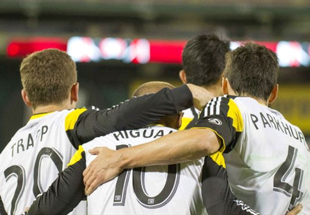 Michael Parkhurst takes charge of revamped Crew defense