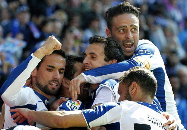 Espanyol 3-1 Elche: El equipo de Javier Aguirre arrolla a un desdibujado conjunto ilicitano