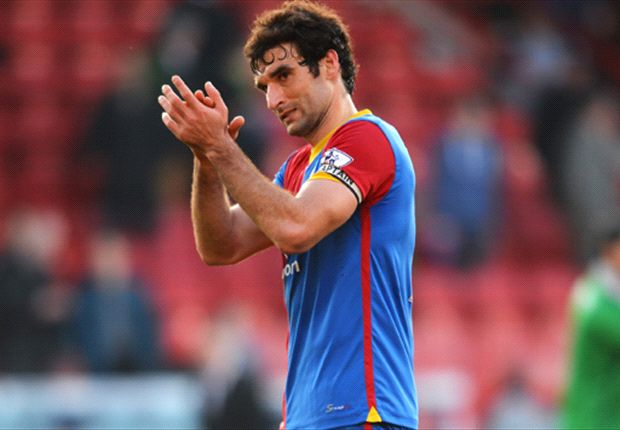Mile Jedinak applauds Crystal Palace's fans after their loss