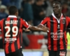 Balotelli brace sends Nice top of Ligue 1