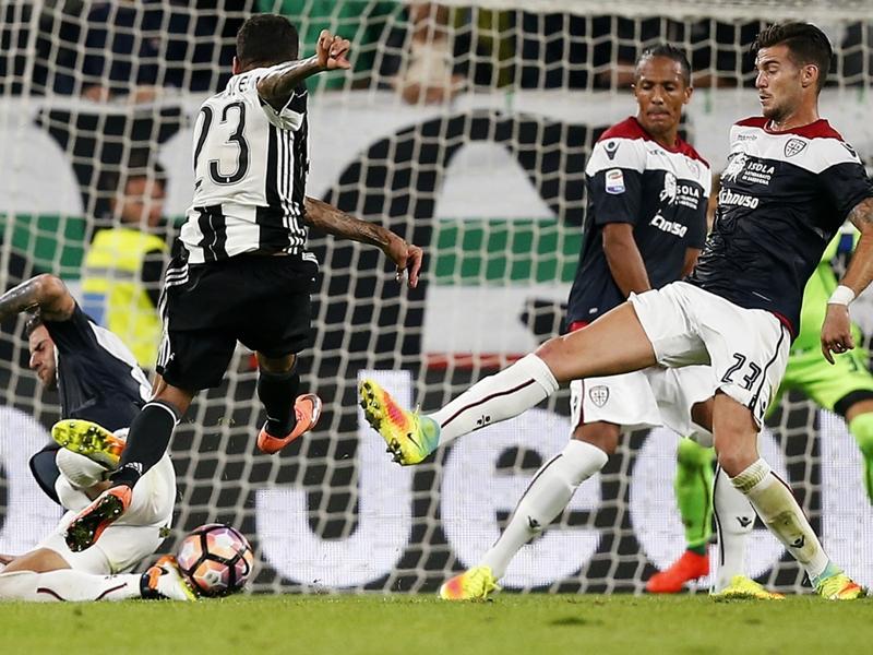 Allarme Cagliari: difesa colabrodo in trasferta, 9 goal subiti in 3 gare